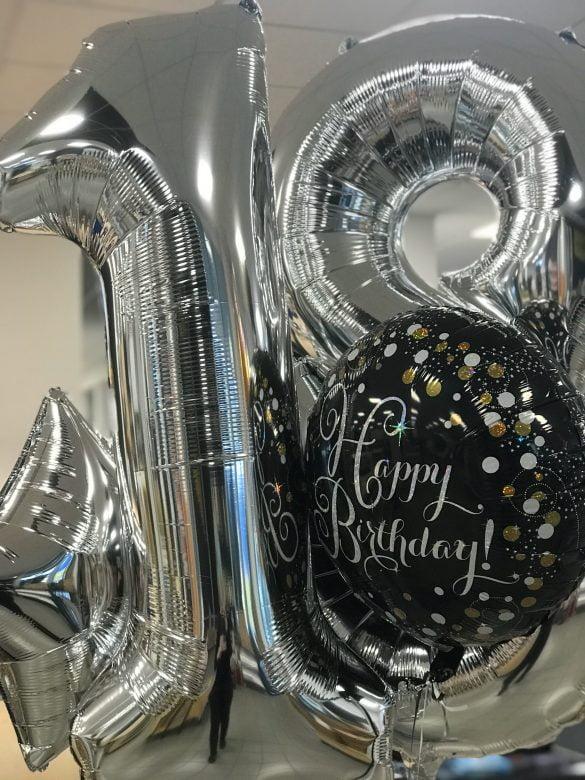 Zahlenballon 18 silber