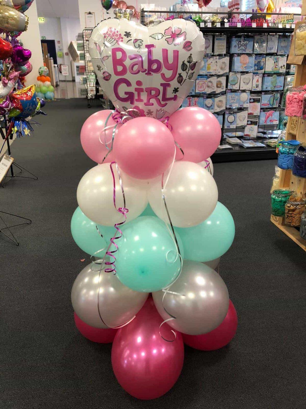 Baby Girl Ballon mit Latexballons 1