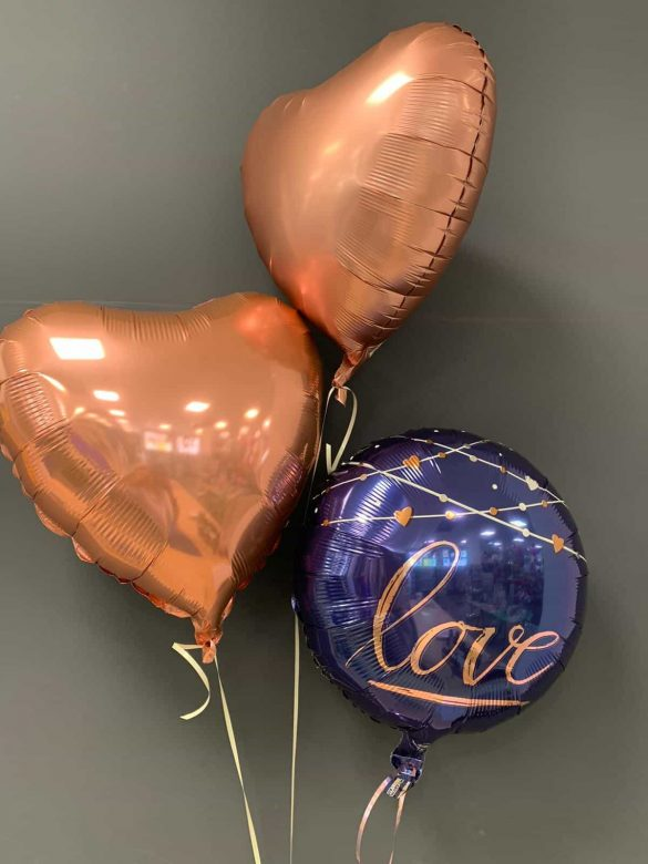 "Ballon ""Love"" € 5,50 mit 2 Dekoherzen in gold je € 4,50 40"
