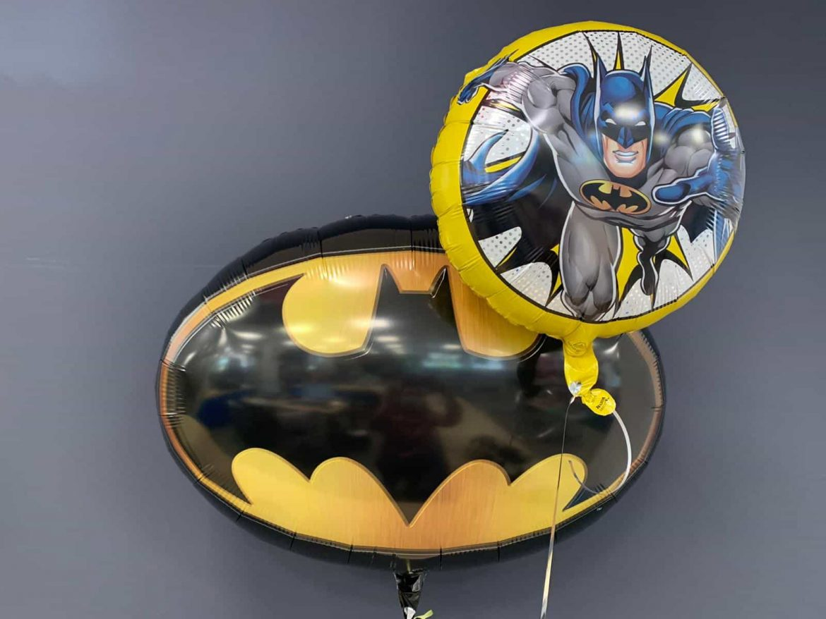 Batman gross € 7,90<br />kleiner Ballon € 5,90 1