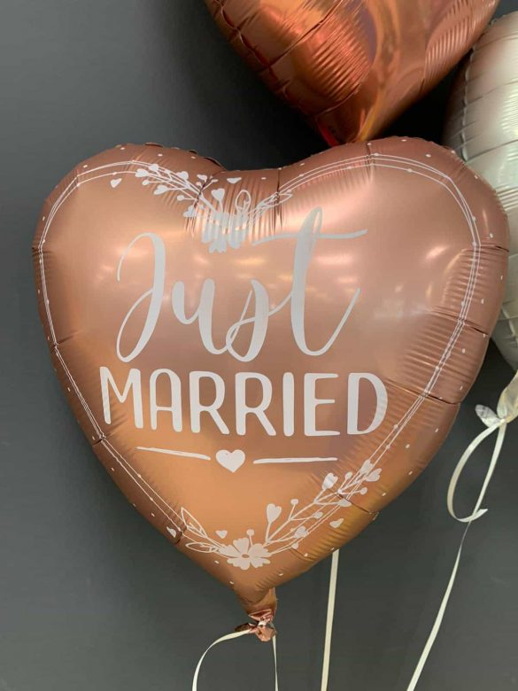 Just Married € 5,90 37