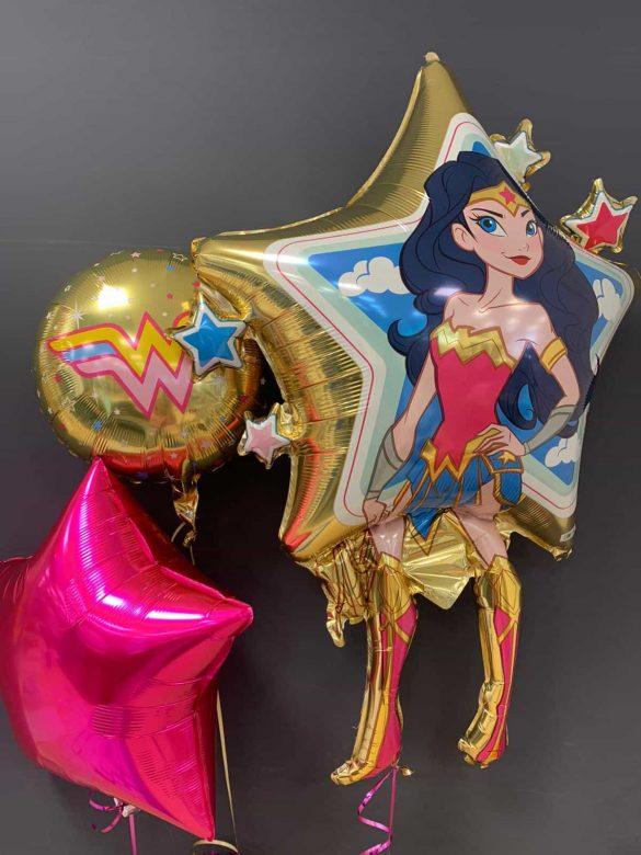 Wonderwoman € 8,90 <br>Dekoballons € 4,50<br>runder Ballon € 5,50 13