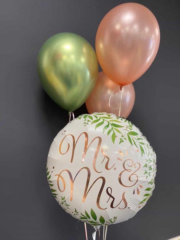 Hochzeitsballons<br>Mr & Mrs Ballon weiß € 5,50<br> Latexballons grün und rosa 3